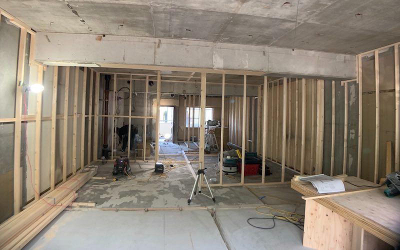 マンションをリノベーション中 施工 ハウス工房