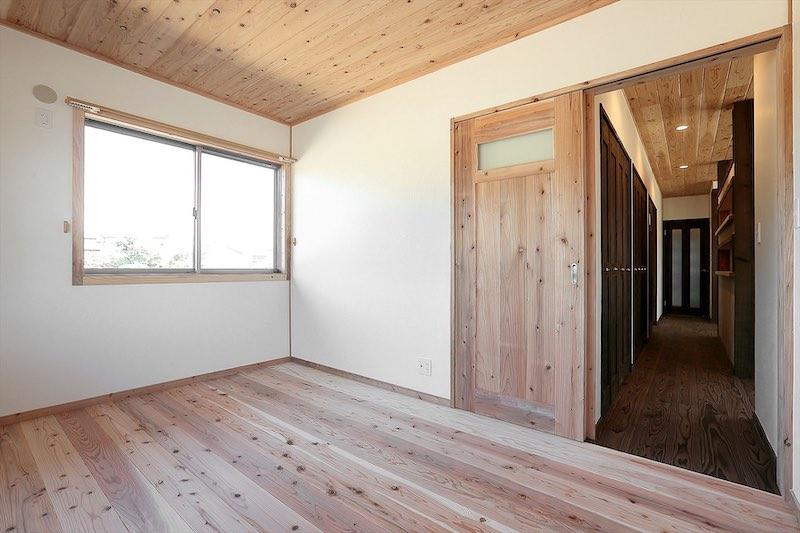空気がうまい家®︎の引き戸