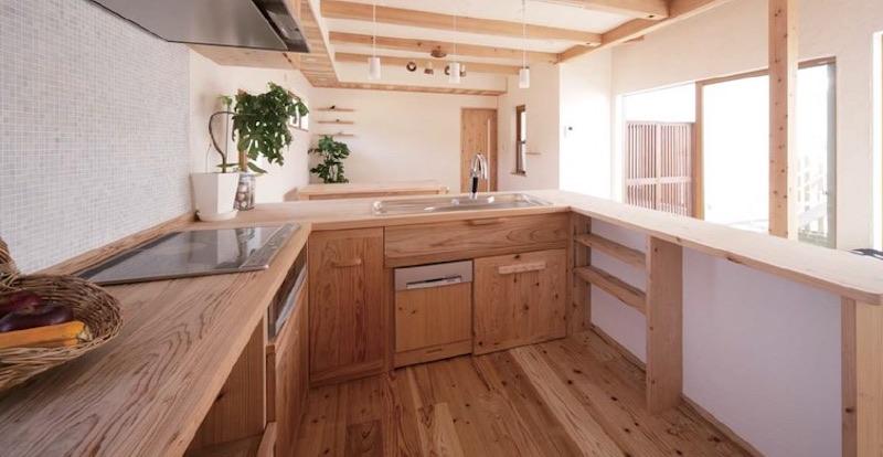オーダーメイドのキッチン(空気がうまい家®︎ 宇治市マンションリノベ)