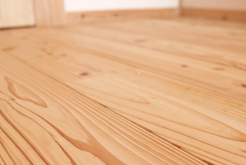 空気がうまい家の無垢フローリング(音響熟成木材)