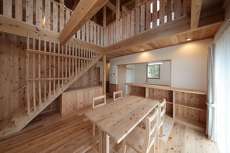 無垢材をふんだんに使った家(空気がうまい家®︎)