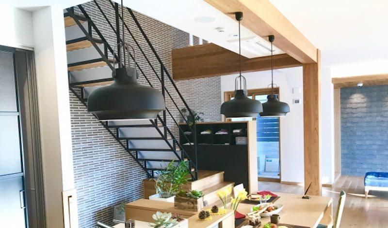 一般的な住まいに使われるスケルトン階段の一つの事例