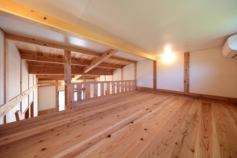 床材になった木も家族の声を聞いて変化する(空気がうまい家®︎)