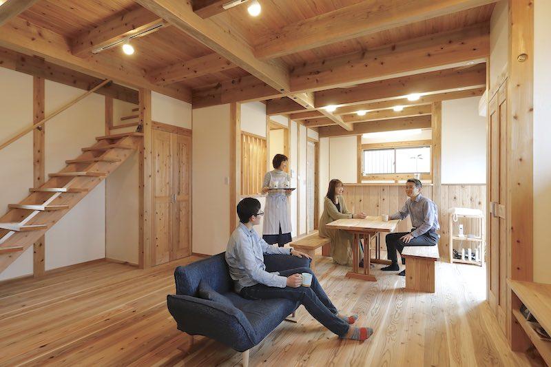 空気がうまい家®︎(塗装・コーティングを一切していない無垢材を使用)