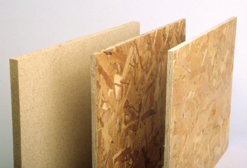 木を貼り合わせて作られる木材は様々な種類がある